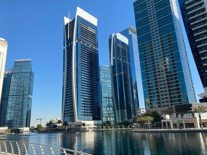 StraightIn | LinkedIn Lead Generation Dubai